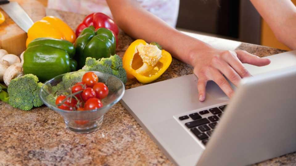 Digital Lunch