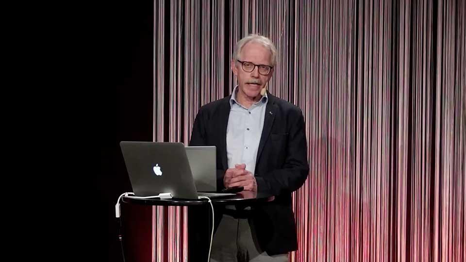 Åke Föreläser